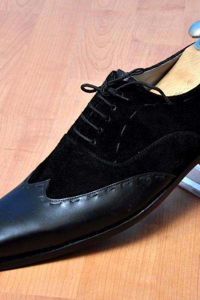 Men Black Color Wing Tip Plain Toe Handmade Genuine Suede Leather Shoes